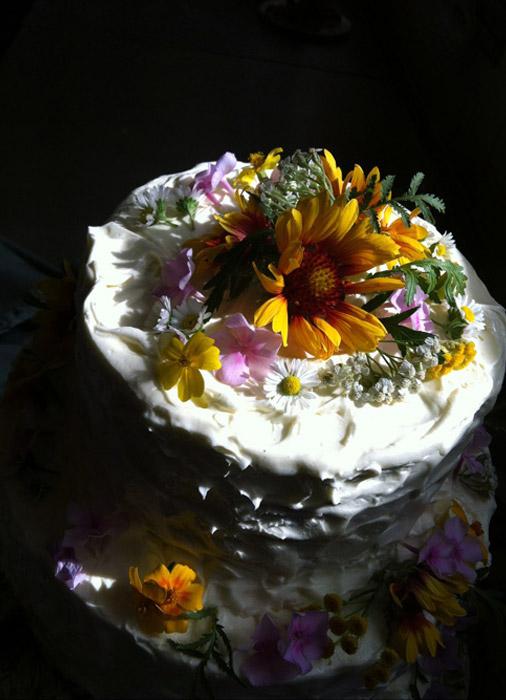 Hochzeitstorte-Blumen-2
