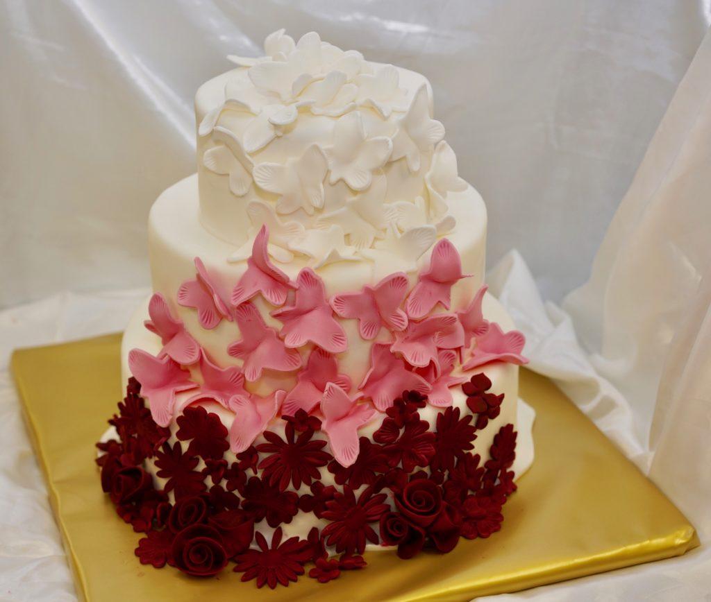 Schmetterlinge Hochzeitstorte